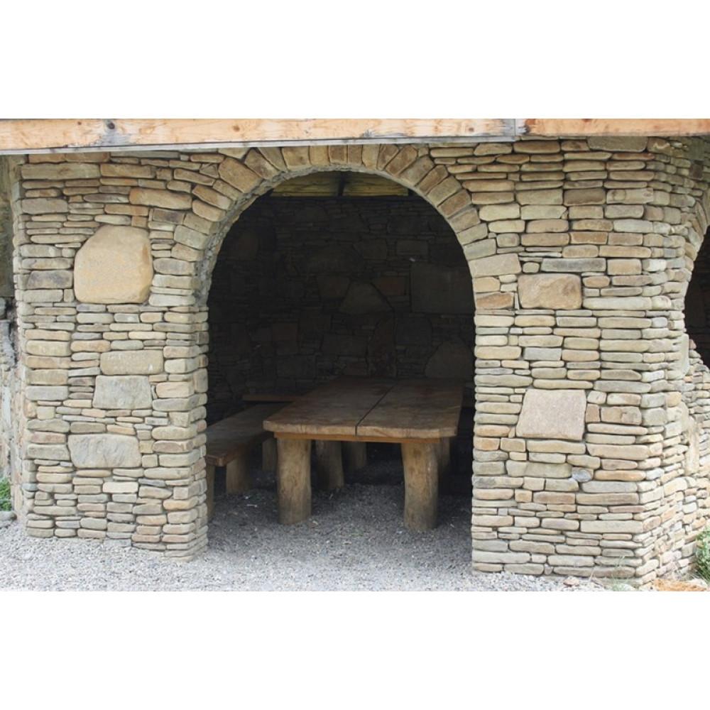 Песчаник для строительства и кладки